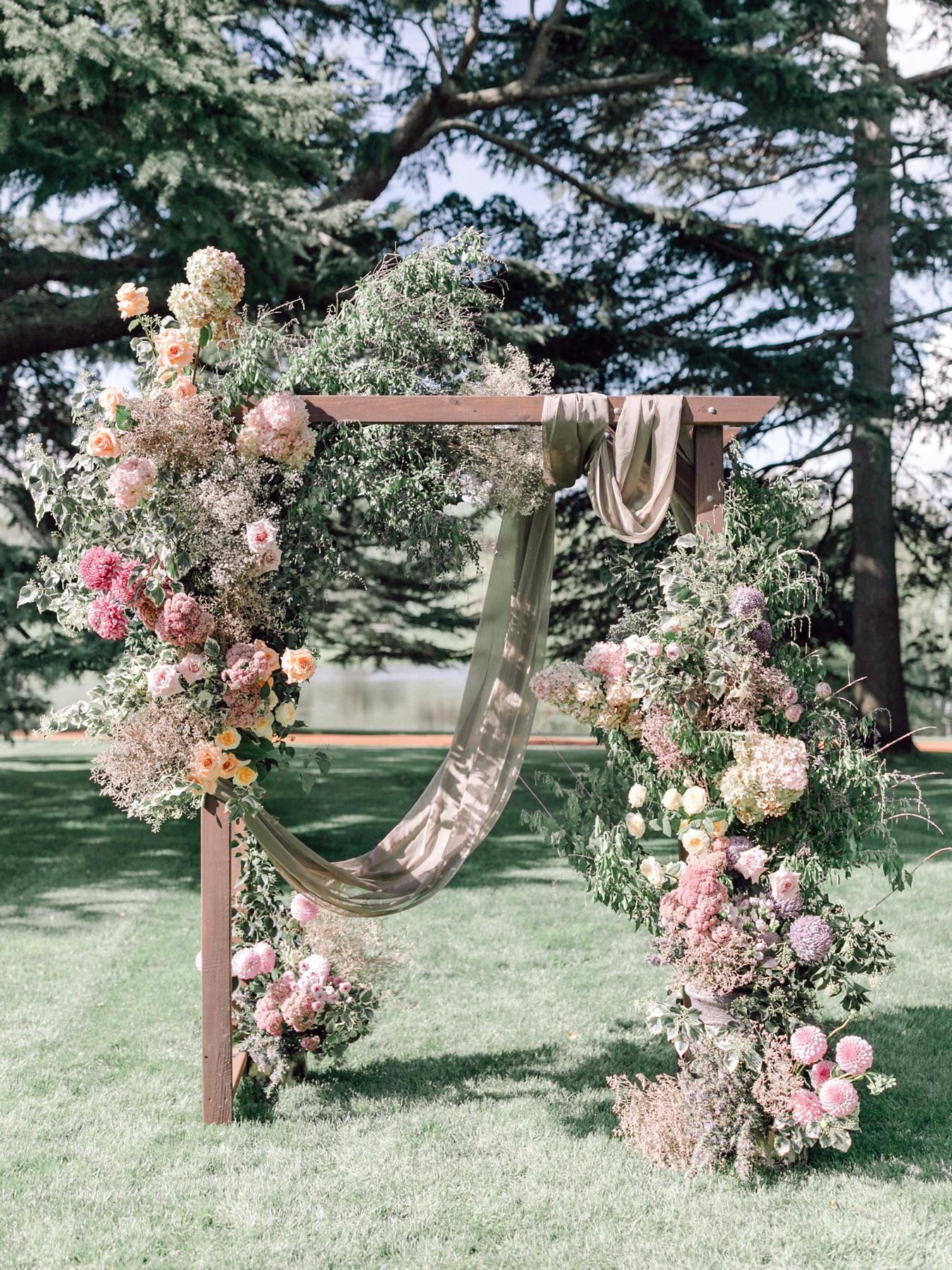 wedding arch at bendooley estate