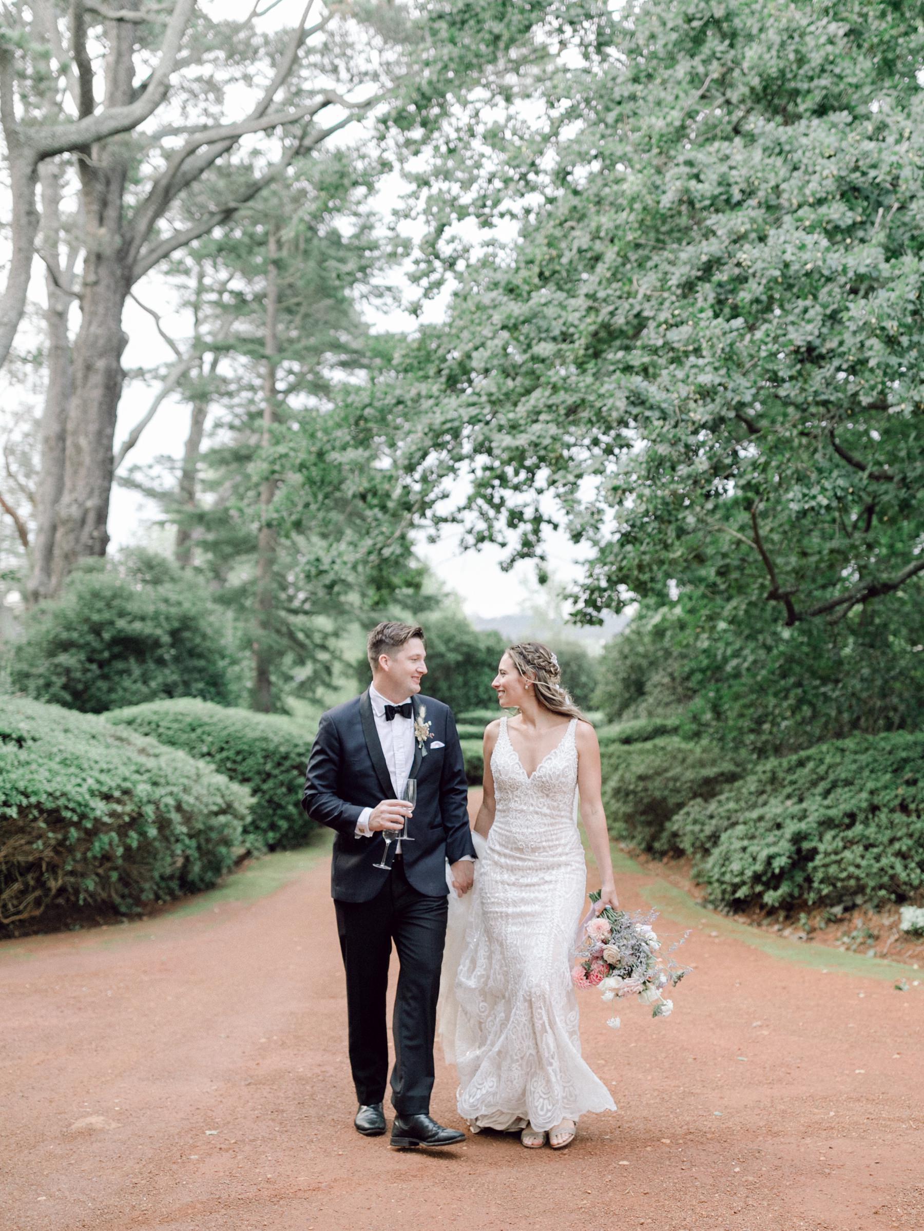 bride and groom at bendooley estate wedding